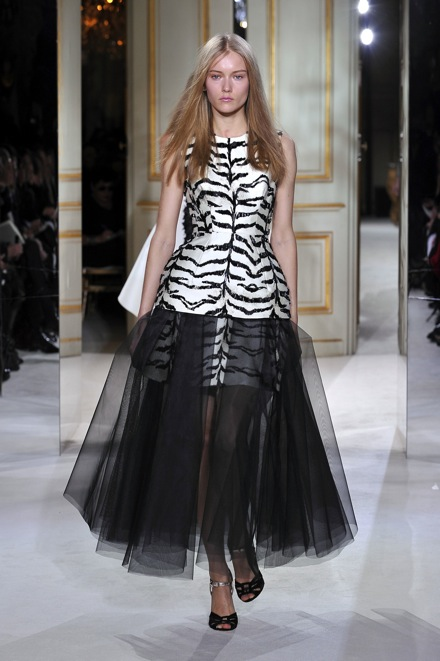Giambattista Valli Haute Couture Spring 2013 - 14