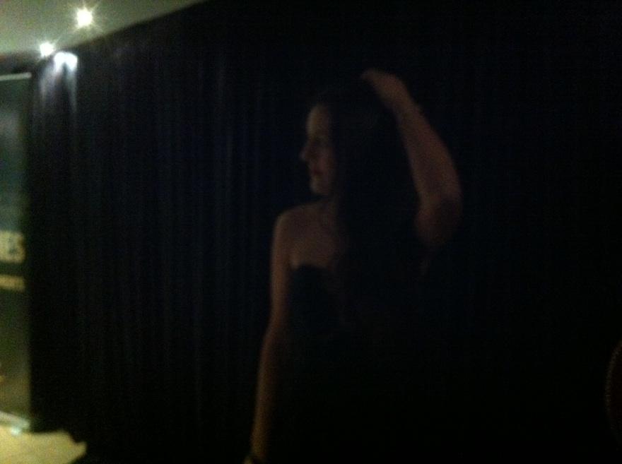 ysmf.strapless.black.dress