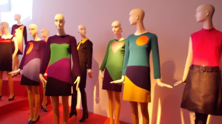 ysmf.ysl exhibition 10