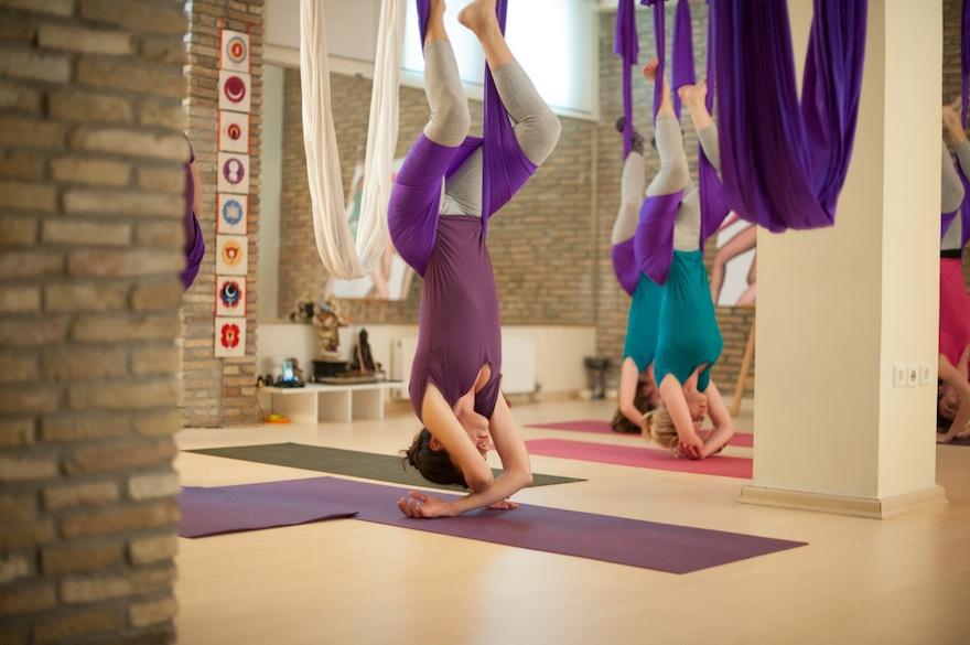 ysmf.aerial.yoga.benetton.10