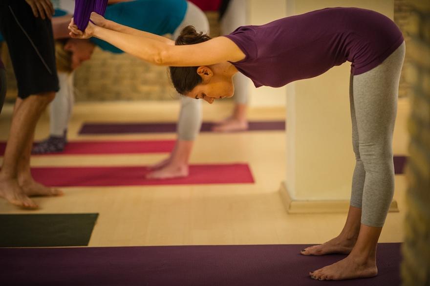 ysmf.aerial.yoga.benetton.2
