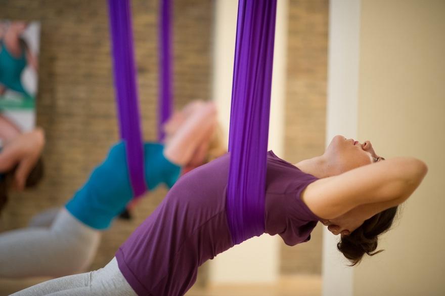 ysmf.aerial.yoga.benetton.6
