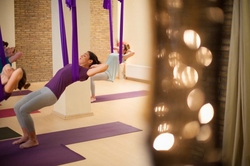 ysmf.aerial.yoga.benetton.7
