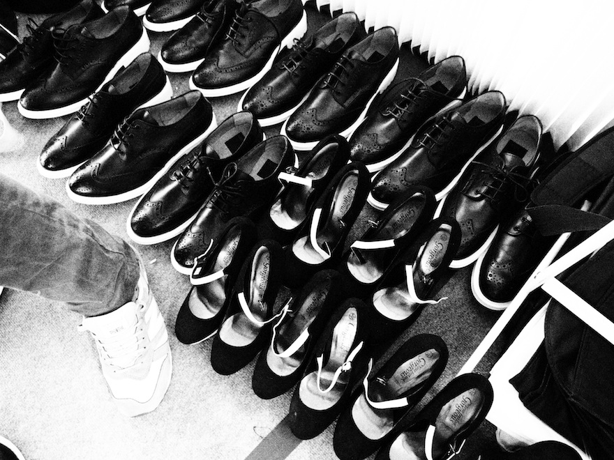 ysmf.madwalk.2013.backstage.shoes