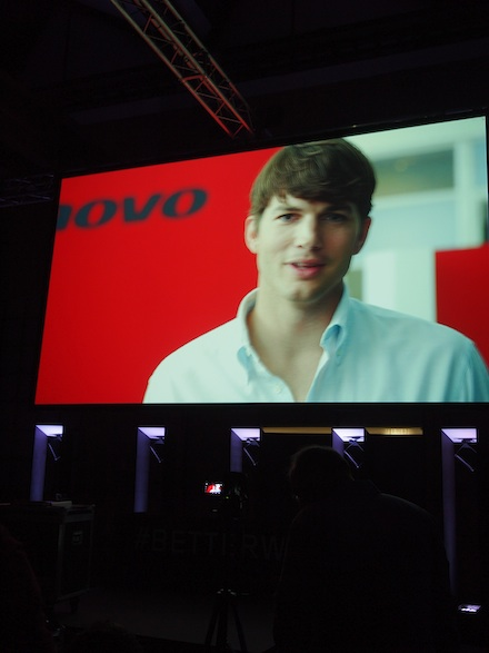 ysmf.lenovo.yoga.tablet.presentation.ashton.kutcher