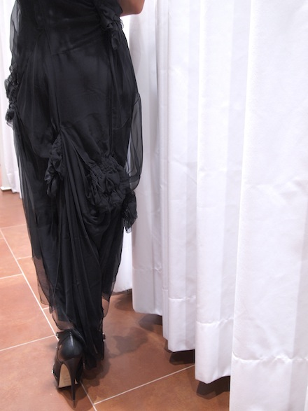 ysmf.alberta.ferretti.black.chiffon.dress.back