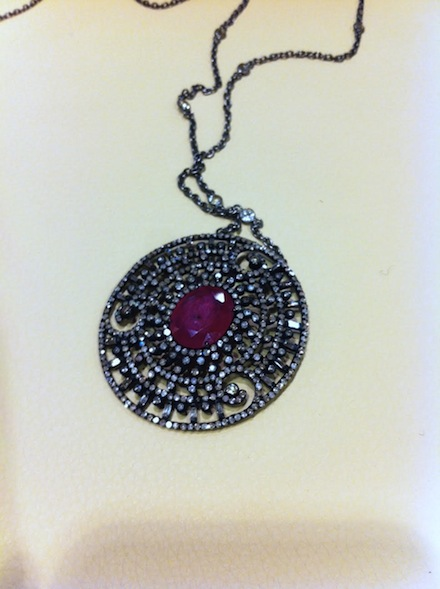 ysmf.serkos.ruby.pendant