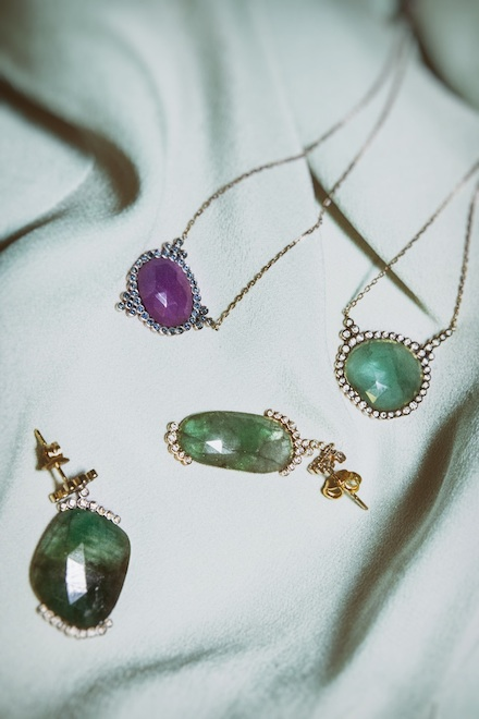 ysmf.yannis.sergakis.emerald.ruby.pendants.earrings