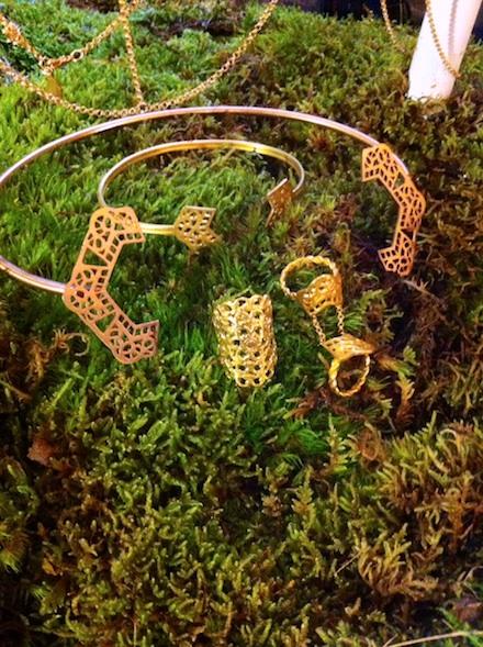 ysmf.maggoosh.jewelry