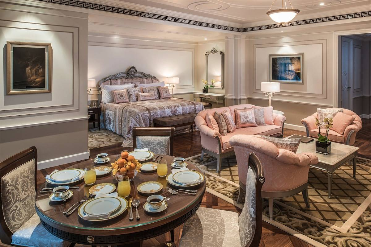 ysmf.Palazzo-Versace-Hotel_Dubai_Executive-Suite