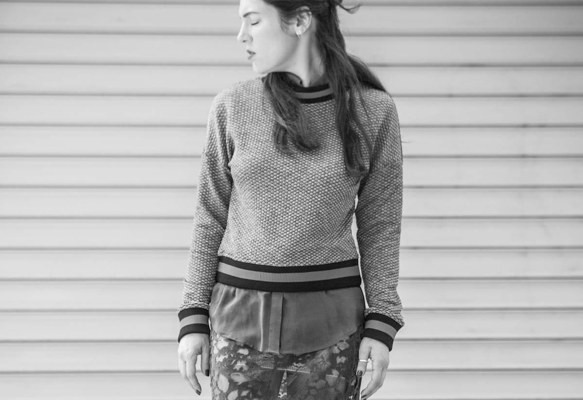 ysmf.marks.spencer.silver.sweatshirt