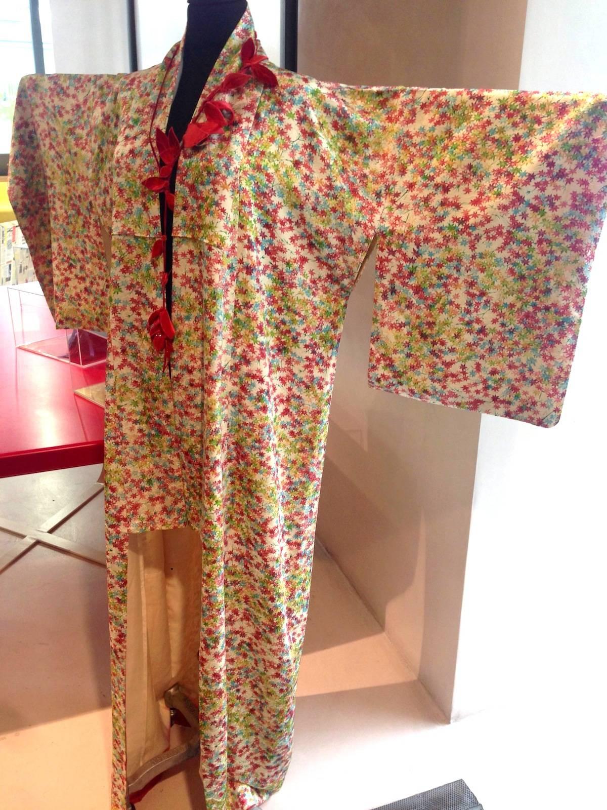ysmf.mari.aoyama.silk.kimono