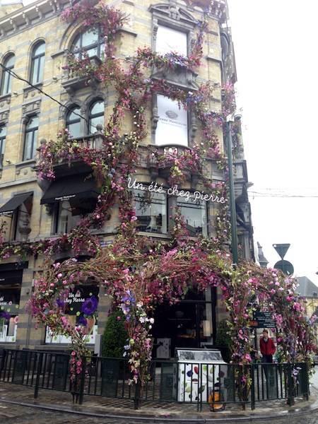 ysmf.pierre.marcolini.sablon.flower.facade