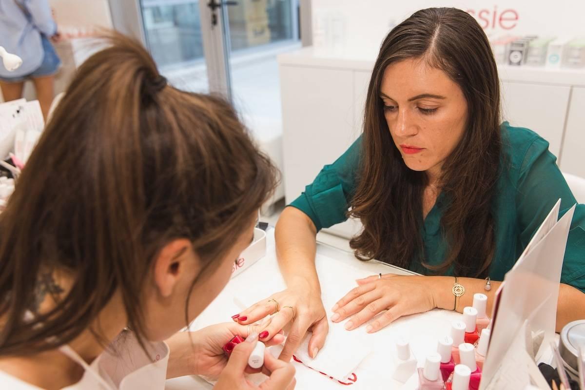 ysmf.essie.gel.couture.presentation