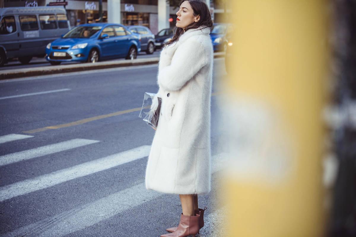 ysmf.urban.code.white.coat